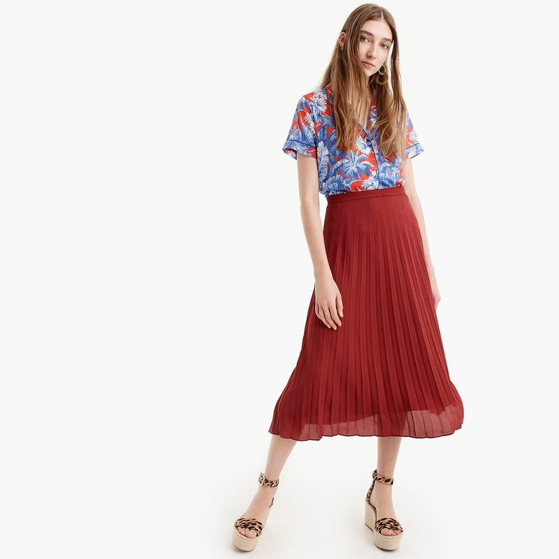 5c1fc2facb36 Midi skirts (frumpy or stylish??)